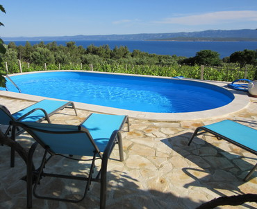 Brac charming house by the sea - Unwind in the arms of the sea, wine trees and olive grooves